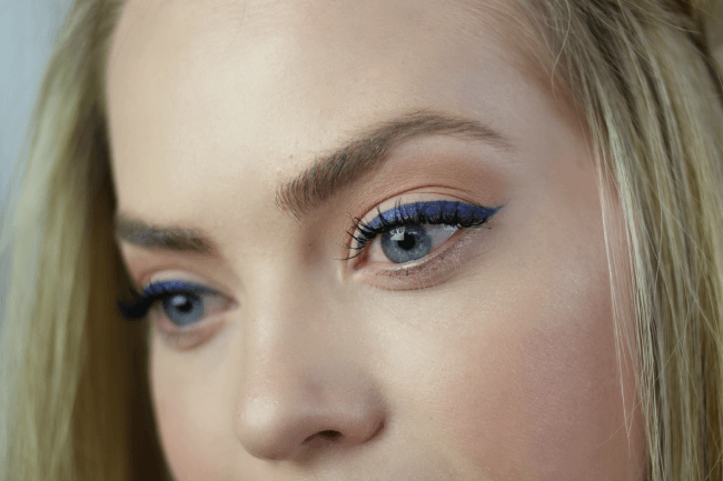blue-eyeliner-tutorial