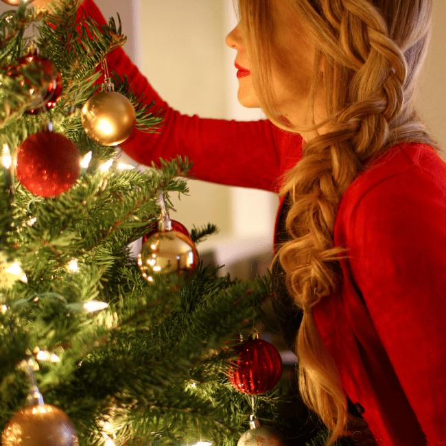 decorating-tree-dutch-braid