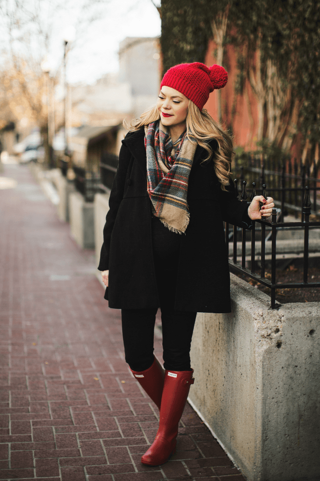 plaid-scarf-red-beanie-red-hunters