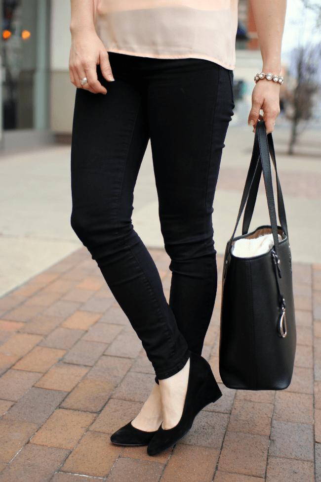 black-peach-spring-fashion