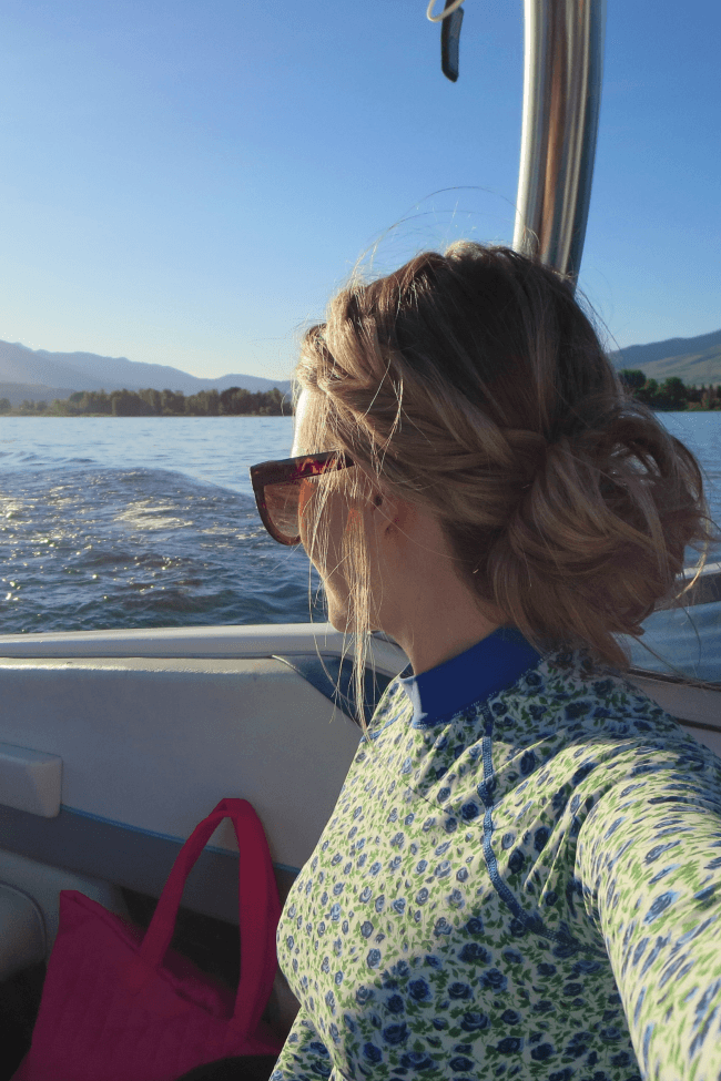 summer-hairstyle-boating