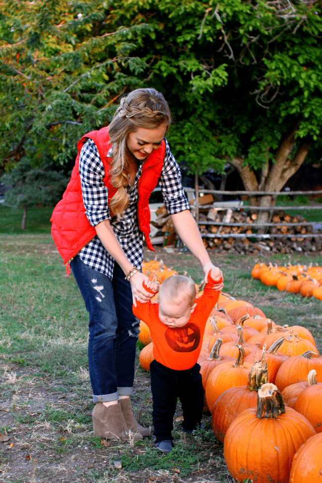 cohen-walking-pumpkin-patch