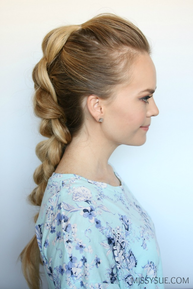 3D-strand-pull-thru-braid-tutorial