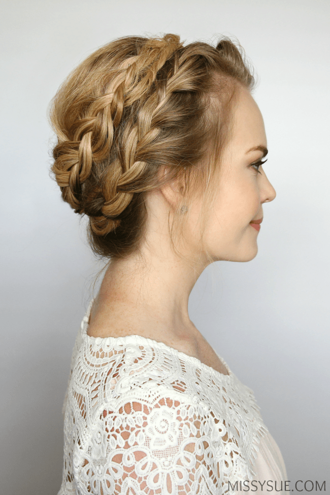 french-halo-braid-hair-tutorial