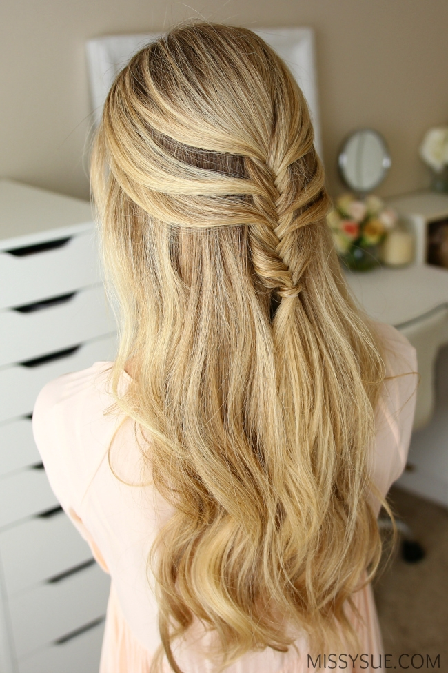 half-up-mermaid-fishtail-braid