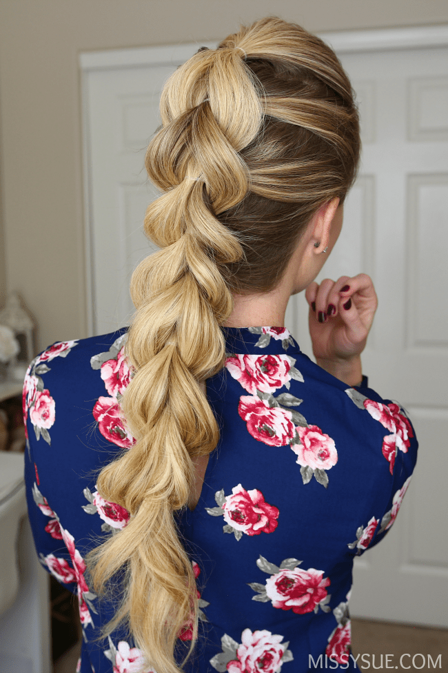 easy-pull-through-braid-hair-tutorial