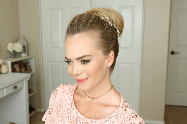high-bun-hair-tutorial